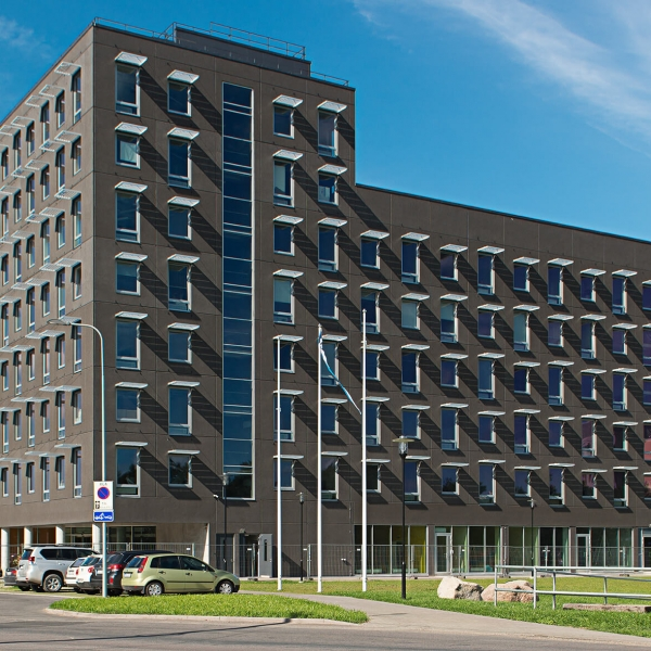 Mäealuse 2, Tallinn